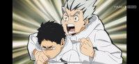 外国人です。日本語の間違いに関して、まず謝ります。  日本高校バレー部の冬服を確認したいです。 画像のように、私大好きの漫画、ハイキュー!!の中で、梟谷高校バレー部のキャラクターは、厚いそうな白い冬...