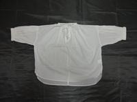 よろしくお願いします。  こういうスケスケの服のことを何というのでしょうか?トップスの一種でしょうか?素材は綿です。