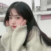 この女の子の名前わかる方いますか?? たぶん韓国の子だと思います(´•  • `)