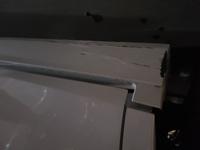 修理代どれくらいだとおもいますか… 下のカバーを縁石ですって外れました。
