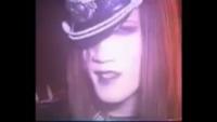 Malice Mizer illuminatiのMVにて この方はkamiさんですか?