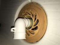 洗濯機の排水エルボと目皿の隙間について質問です。 先日、入居12年目にして初めて洗濯機を導入することになりました。 排水エルボが既に紛失しており、ガオナのGA-LF027 洗濯機エルボ(内径31ミリ用 )という排水...