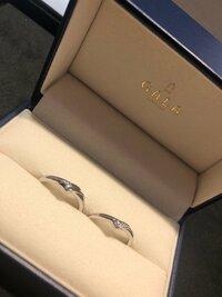 この結婚指輪のメーカーとざっくりの値段分かる方いましたら教えてください