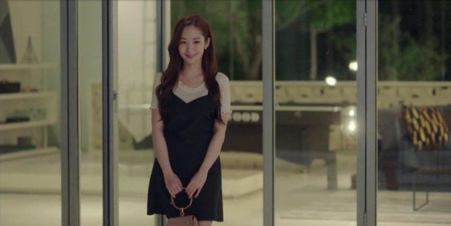 韓国ドラマ 「キム秘書はいったい、なぜ?」 画像の衣装はどこのブランドですか?