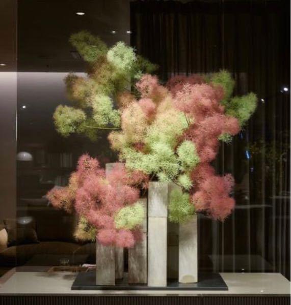 これくらいの大きさの花のオブジェを依頼するといくらくらいでしょうか?著名な人ではなく、無名な若い人とかの場合、いくらくらいでしょうか?