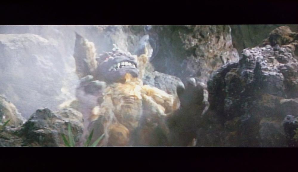 画像大喜利です(52)・次の画像のキャラクターのセリフを考えて下さい。 ・登場キャラクターは「キングシーサー」です。