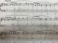 和声の問題なのですが、2、3小節目になんの和音を置いたら綺麗に繋がると思いますか?