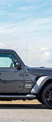 ジープラングラーの気になる点! あの、ラングラーのバンパーと言うか、運転席斜め前の車体外付近に付いている針金みたいなやつは、なんと言う名称の部品?ですか?  また、あの部品はプラドやハイラックスなど他...