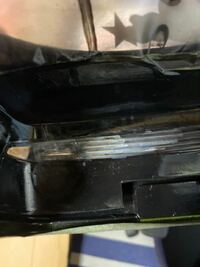 ラジコンボディ塗装に失敗しました。テールランプを黒のスモークで塗装していた際に、どうやらシルバーが混じってしまいとれるやんで塗料を落とそうとしましたがなかなか取れず、むしろ白く硬化してしまいました...