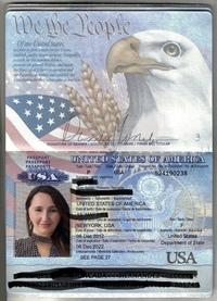 アメリカのパスポートについて  このパスポートは本物ですか?