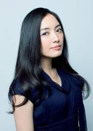 中森明菜と仲間由紀恵どっちが美人 ですか???