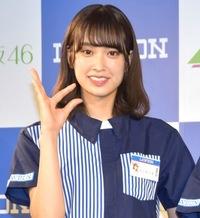あなたが思う日向坂46の一員の佐々木久美ちゃんの魅力とは何ですか? (日付変わり1月22日が彼女の25歳の誕生日だそうで)