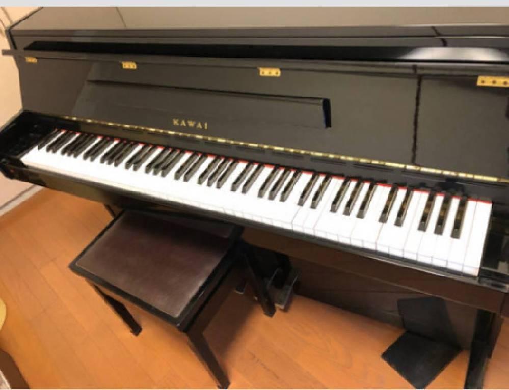 この電子ピアノの機種がわかる方はいらっしゃいますか? kawaiで、400と書いてあるような気がします。 よろしくお願いいたします。 デジタルピアノ