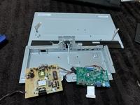 IODATAモニター 型番: EX-LDGC251TB  液晶がつかず焦げた匂いがします。 どこが悪いか教えてください。