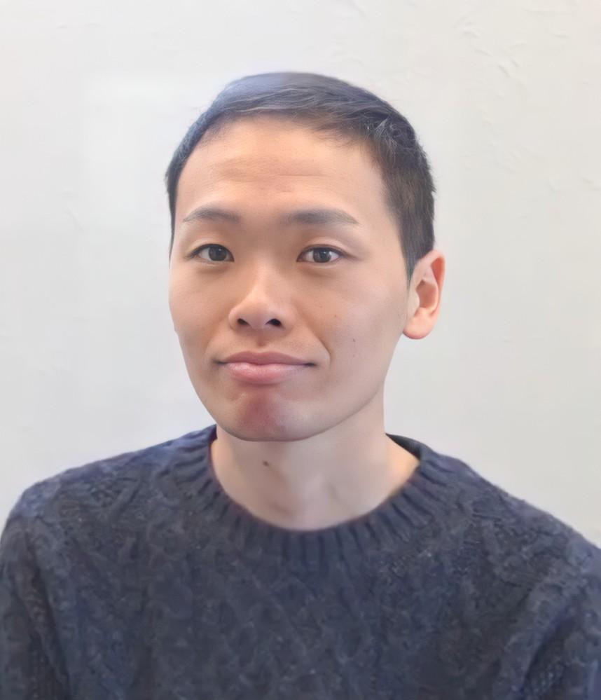婚活中です。10代の若い子と結婚したいと思っています。私は若い子から受けるイケメンでしょうか? 西島隆弘さんのような可愛い系のイケメンだと自負しています。