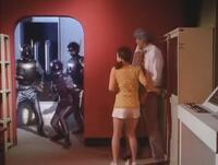 『時限爆弾が仕掛けられたスペースマフィアのアジトから脱出を試みるブルースワット』 数あるアニメや特撮作品の中で「爆発する寸前の敵アジトから脱出する」と聞き、あなたは何を思い浮かべましたか?