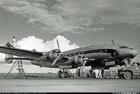 低翼機のメリットとデメリットってなんでしょうか(写真はロッキード・コンステレーション)?