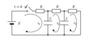 図のRC並列回路の過渡現象での回路方程式の立て方、各電流の求め方を教えてください