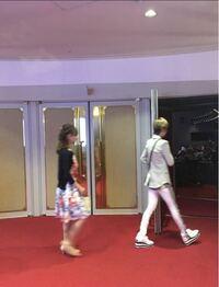 明日海りおさんと華優希さんは どこかの組に観劇にいかれたことありますか? なんの公演ですか? この写真、明日海さんと華ちゃんですか??