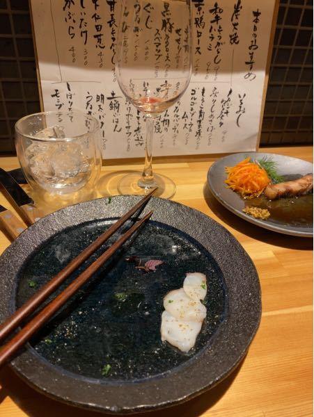 京都市山科区の高速道路の横に、網焼きで肉中心に出してくれるカウンターだけのお洒落な店がありました。 店の名前知ってる人いますか?