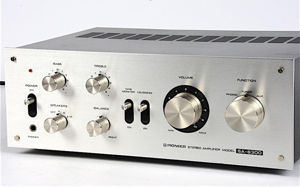東京都内でステレオプリメインアンプを修理してくれる場所を探しています。 PioneerのSA-6300で、真空管を取り替えたところヒューズが飛んでしまい電源が入らなくなってしまいました。 イ...