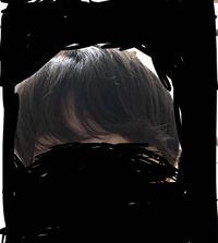 男子高校生です。くせ毛だと思うんですけど、前髪がなにもしなかったらこんなにうねってしまいます。 これは髪の毛が長いからですか? いまの髪型はマッシュヘアで、結構伸びてきたのでもう散髪に行こうと思うのですが、このくせ毛の場合どんな髪型がいいですか?できればツーブロックとマッシュを混ぜたみたいな、そしてワックスをしなくてもいい髪型にしてもらおうと思っているのですが。