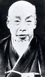 18世紀(1700'年代)生まれの日本人で、写真が残っている人はどのくらいいますか? 1850年代に開国して以来、写真が日本に伝来し、1860年代に入ると、色々な人物の写真が撮られるようになりま...