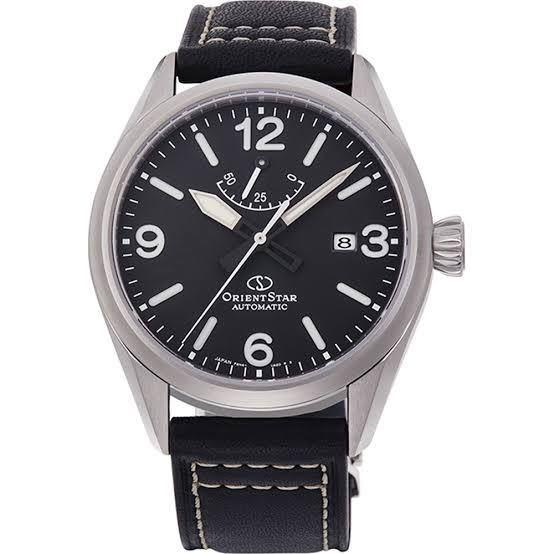 よく就活の時、スーツに合わせる時計は黒革ベルトのシンプルなものがいいと聞きましたがパワーリザーブインジケーターがついたものでも大丈夫ですか?