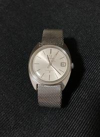 形見としてオメガの腕時計をもらいました。いつ頃のどんな製品か、わかる方いましたら教えてください。