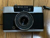 最近フィルムカメラ(OLYMPUS pen ee3)を買ったのですが、キャップが付属してなく、これに元々付属しているキャップをネットで購入しようと思ったのですが、どこにも売ってませんでした。 正直pen専用キャップじゃ...