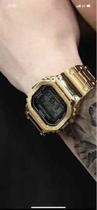 この腕時計の品番がわかる方いらっしゃいますか??