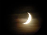 中島みゆきさんの『月の赤ん坊』について質問です! . 直接/間接に月を歌った作品がそれはもう枚挙に暇がないくらい夥しいw中島さん。独特の力(パワー)を宿しまた神秘の魅力に溢れる月はまた、古今東西の多くの...