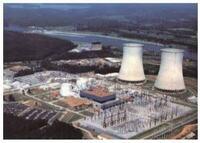 原子力発電所の冷却塔について  欧州でよくあるタイプですがスイスやドイツは雪が降る国だと思います。 積雪により、この塔が塞がれてしまうと雪による断熱で十分な冷却効果が得られない気がするのですがどのような設計になっているのでしょうか。