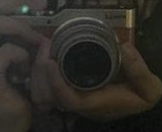 画像のカメラの品名を教えてください
