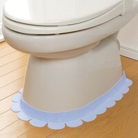 トイレのここってなんで汚れるんですか? 私は女の一人暮らしですが、ここがけっこう汚れていてしみついてなかなか汚れがとれないです。 男性が立ってしているのならわかりますが、なぜ座ってシているのにこんな...
