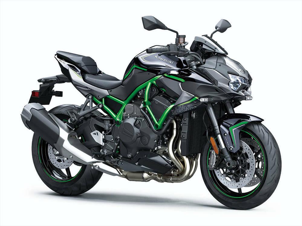 なぜニンジャH2て心に響かないのですか。 ・・・・・・・・・・・・・・・・・・・ いろいろなバイクがありますが。 Z900RSが最高とか。 カタナが大好きとか。 新型のハヤブサてどうなのですかとか。 CBR1000RR-RとYZF-R1どっちが速いのですかとか。 なんだかんだでやっぱしCB1300SFとか。 ・・・・・・・・・・・・・・・・・・・ よく分からないのですが。 ニンジャH2を話題...
