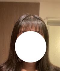 自分で前髪切って真ん中らへんを梳きすぎた気がするんですけど変ですか? アホ毛すいません ♀️