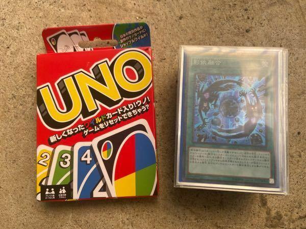 トレーディングカードゲームと、ボードゲームのそれぞれのメリットを教えてください。 トレーディングカードゲーム メリット ⚪︎自分でデッキを自由に改造出来る。 ⚪︎大会やフリーで自分の高額カード、頑張って考えて組んだデッキを自慢出来る。 ⚪︎大会などが盛ん。 デメリット ⚪︎とにかく、勝つには、そこそこ戦えるデッキを組むにはお金がかかる。 ⚪︎時間が経つとスタン落ちや禁止でカードが使えなくな...
