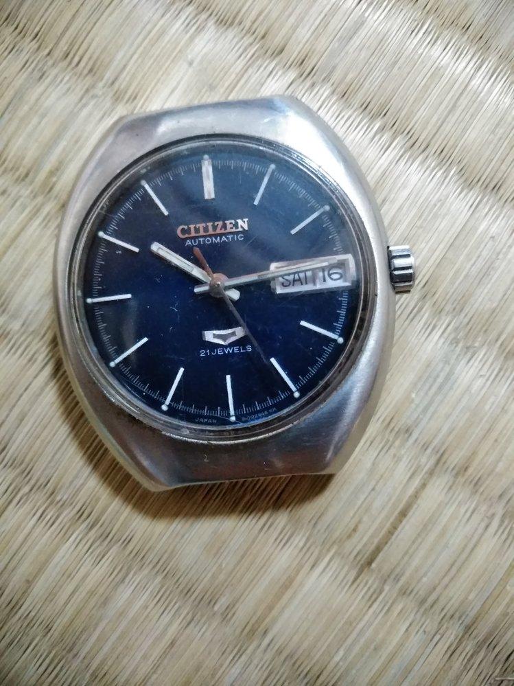 シチズンの時計ですが、下のロゴマークは何かの種類とかですか?