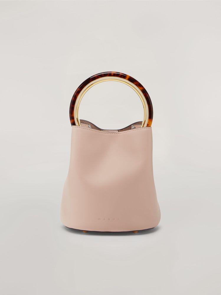 マルニのパニエのバッグは有名ですか? --- カーフスキンバッグ PANNIER デザイン...