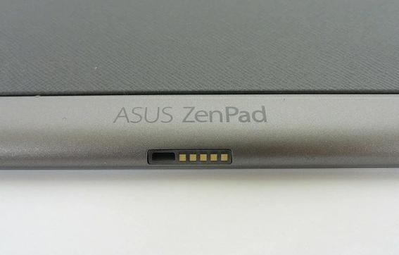 現在zenpad p00cを使っております。 子供がZenpad側の充電端子を壊してしまいまして(USB microBケーブルで上下を間違って刺したと思います)充電ができなくなりました。修理も考...