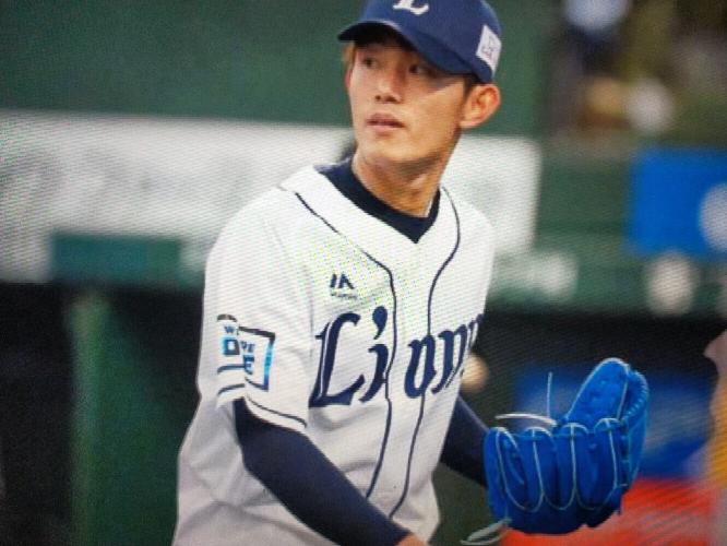 この野球選手は誰ですか?