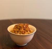 納豆ご飯だけの昼ごはん。寂しそう?
