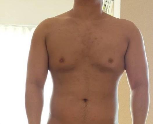 体脂肪率どれくらいにみえますか?ベンチ140体重92です