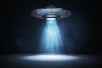 異星人は宇宙船に乗って地球を訪れているのですか?