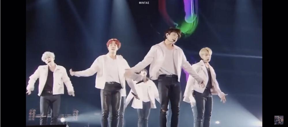 BTSのLIVEDVDを探しています。 このLIVEはなんのDVDですか? よろしくお願いします。 DOPEやGOGOをフルで歌っています。韓国語です。