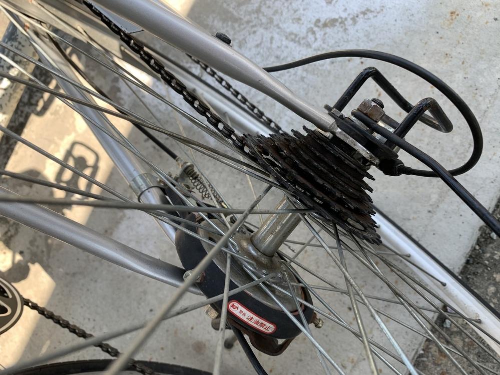 自転車のチェーンが外れました。この場合はどうやって直せばいいのですか?