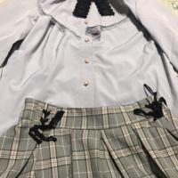 このトップスとスカートって合ってますか?