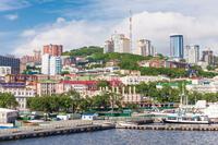 ロシア東端で、ウラジオストク以外にも訪問すべき観光地を教えて下さい。 . 日本人観光客にとって、最も身近なヨーロッパとしてロシア東端の都市ウラジオストクがあります。 福井県敦賀港からも定期便が出ていま...