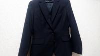 女性のリクルートスーツってこれで合ってますか?入学式のスーツと見分けがつかなくて困ってます。